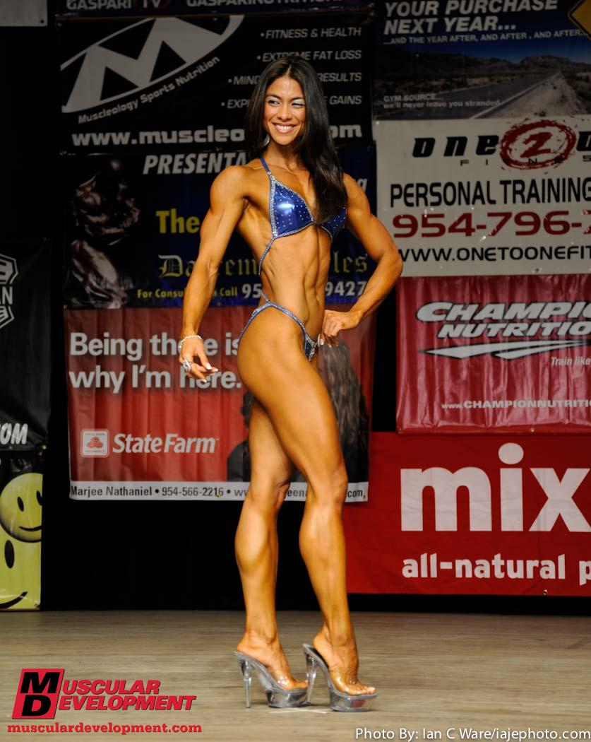 Fitness athlete Lyen Wong at a 2010 competition