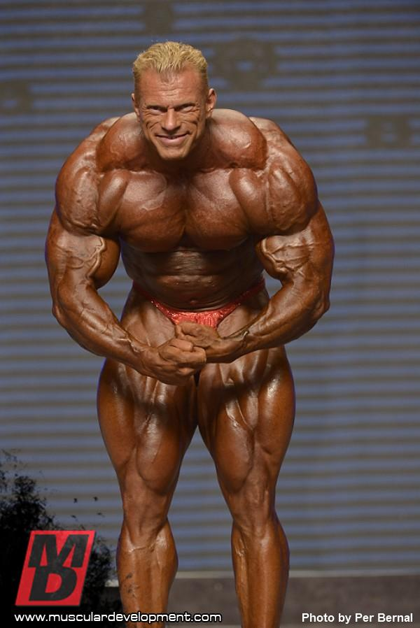 Article: Dennis Wolf - OUT of the Arnold!